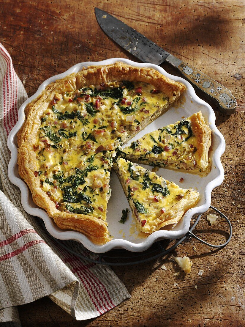 Apple and spinach quiche