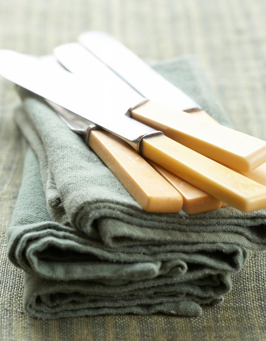 Knives on cloths