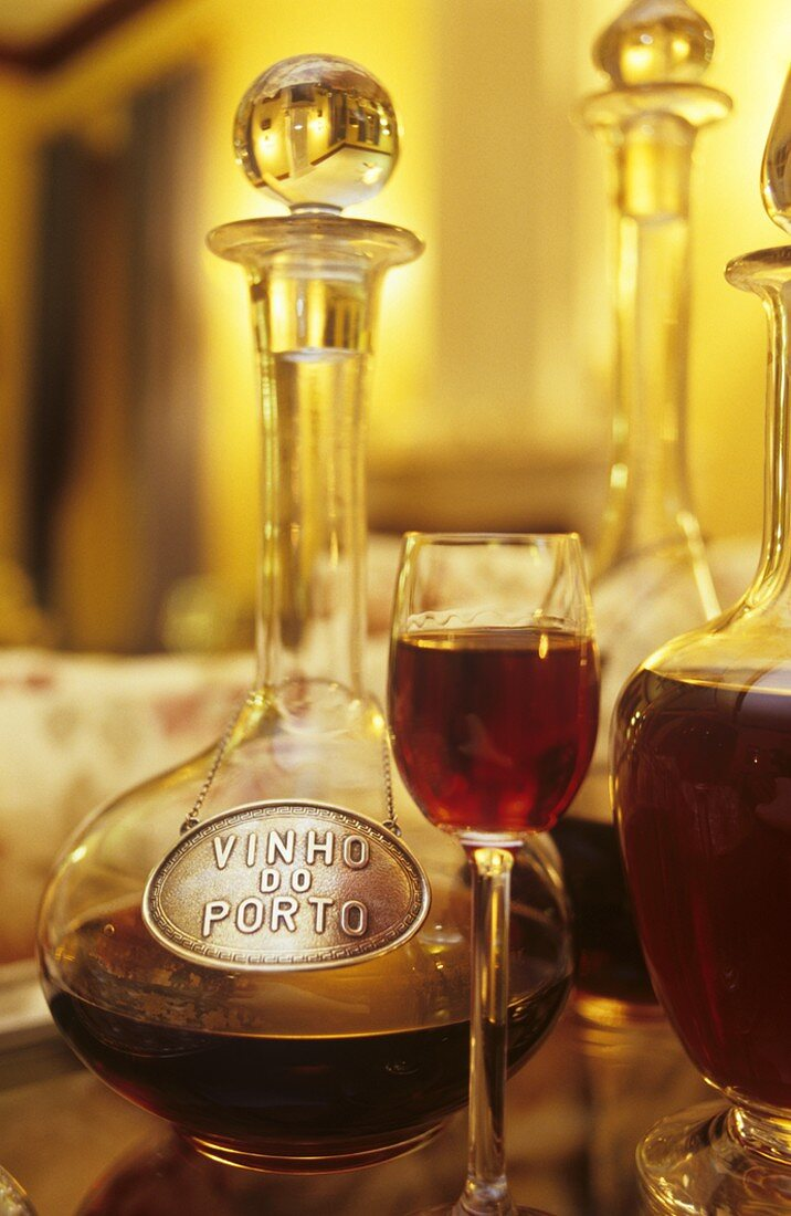 Port wine in carafes and glass