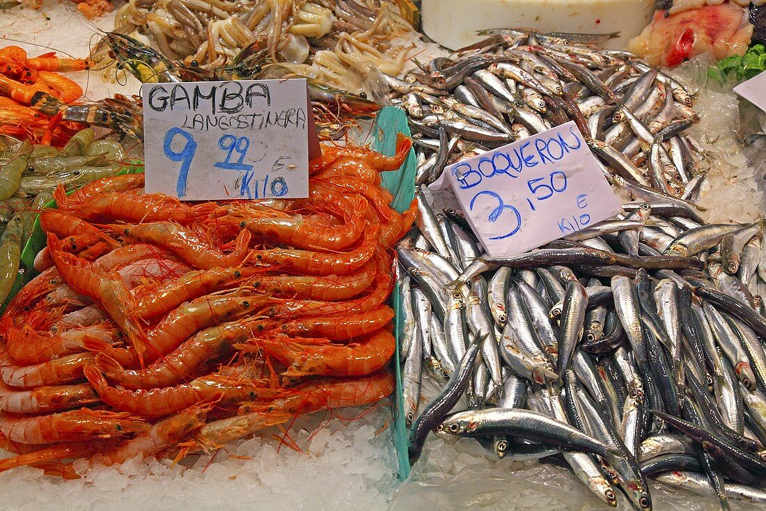 Prawns and sardines on a market stall (Mercat de St. Josep (Boqueria), Las Ramblas, Barcelona, Spain)