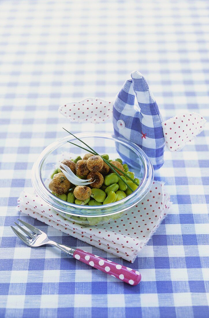 Pork meatballs with fresh beans