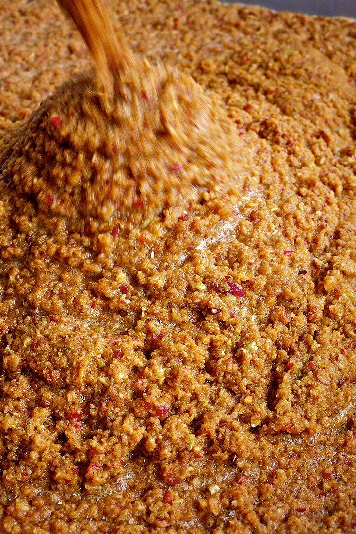 Apfelmaische für die Herstellung von Apfelessig