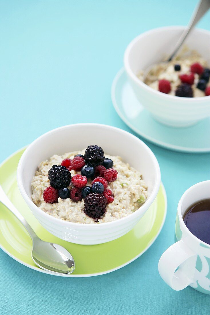 Bircher muesli with berries