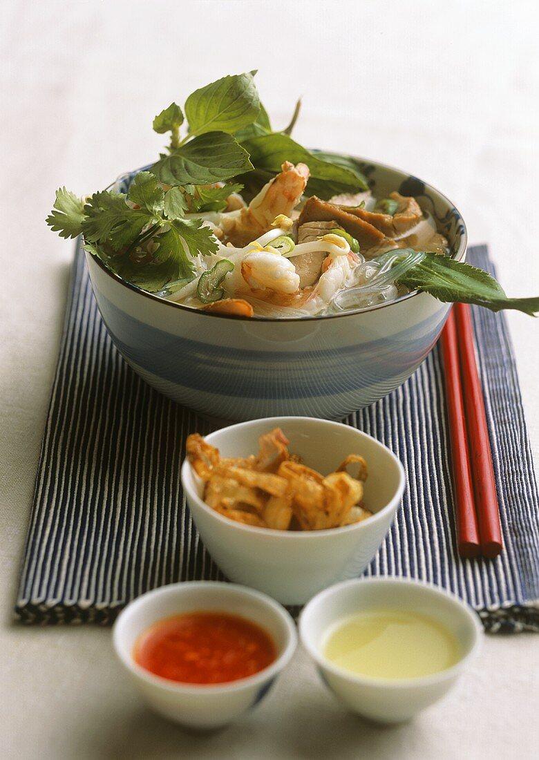 Hu tieu (Rice noodle soup, Saigon, Vietnam)