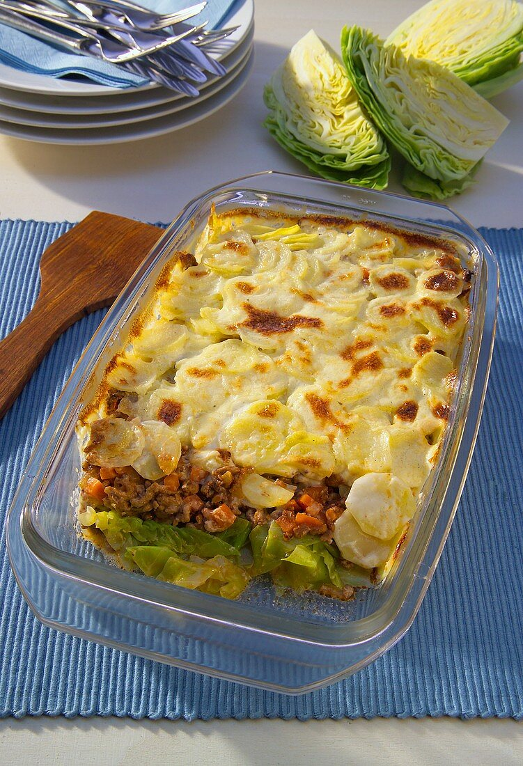 Mince and vegetable bake