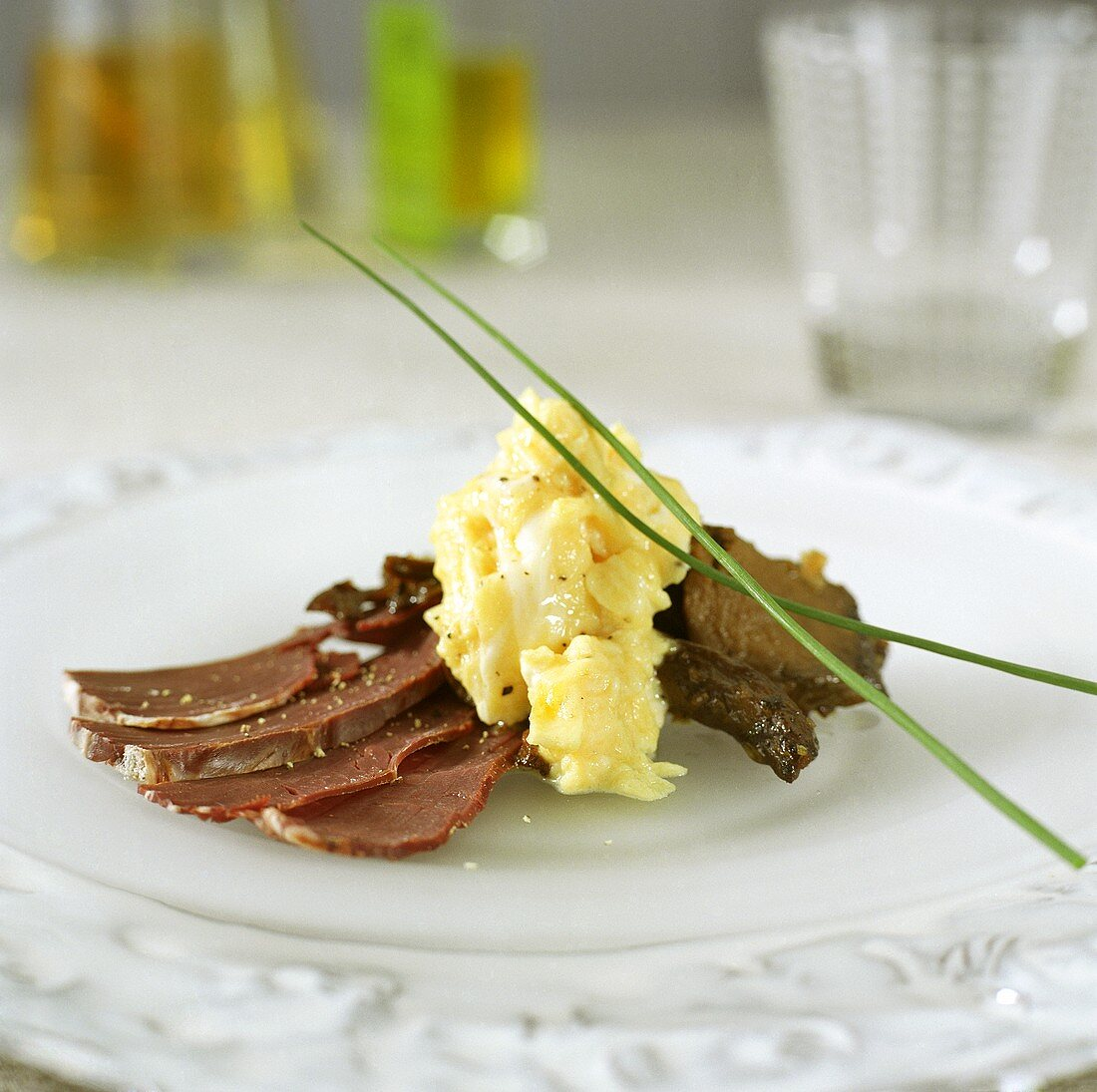 Smoked elk heart with scrambled egg