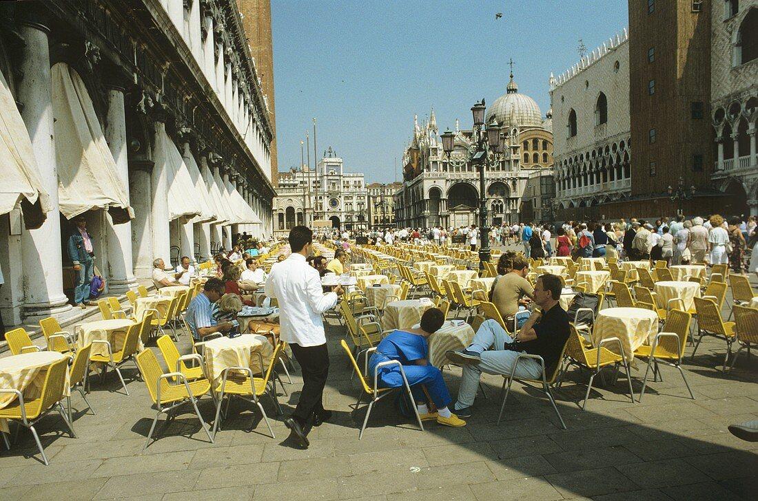 Street café in Venice