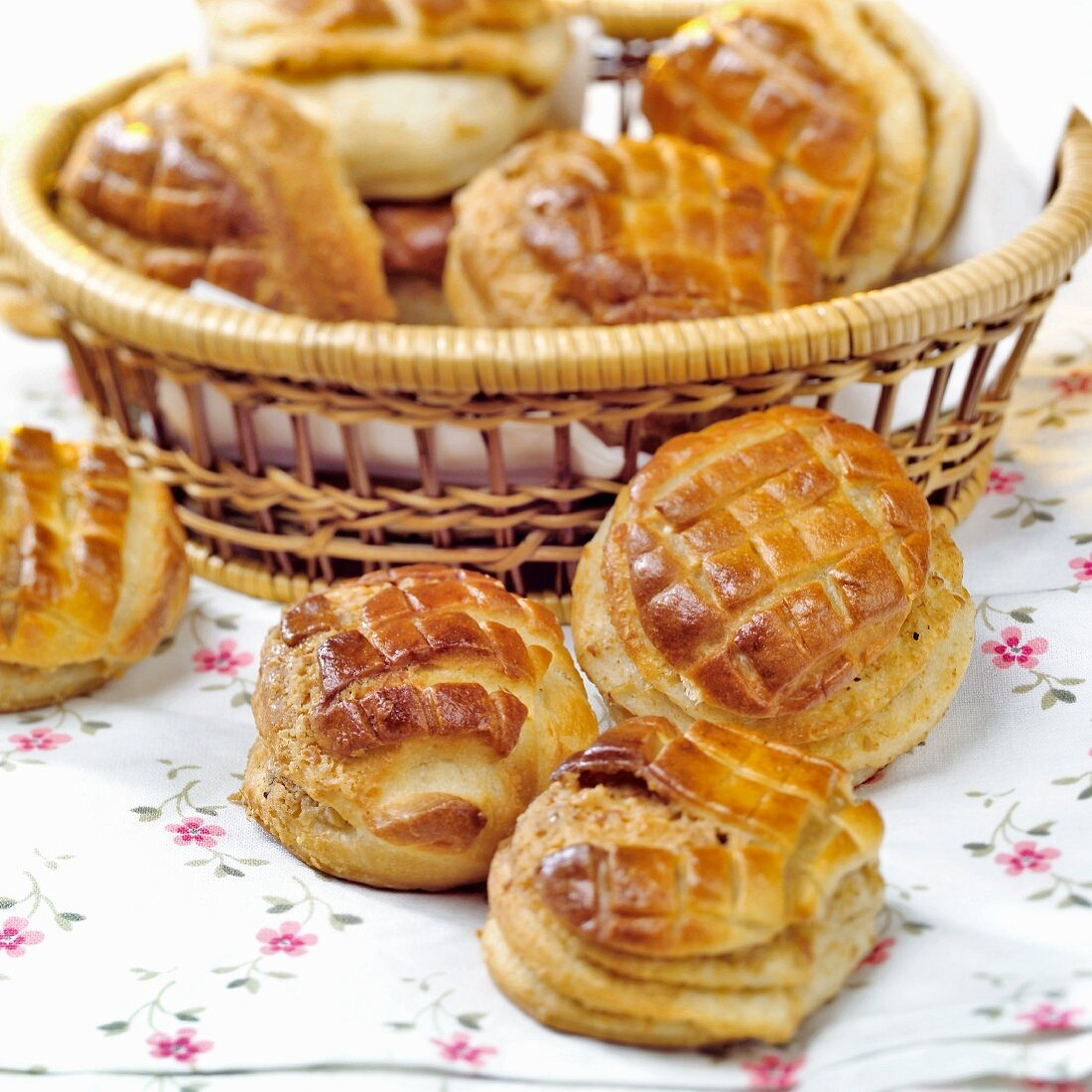 Pogácsa (small yeast pastries, Hungary) in bread basket