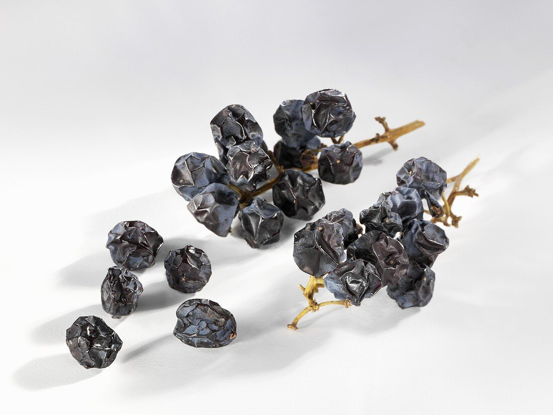 Bunches of currants