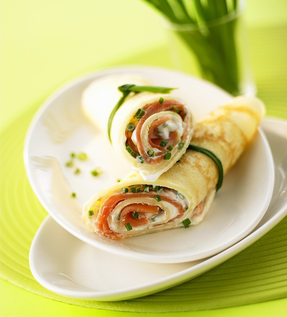 Pancake wraps with smoked salmon filling