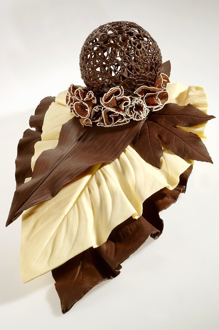 Chocolate leaves, rosette & ball for decorating cakes etc.
