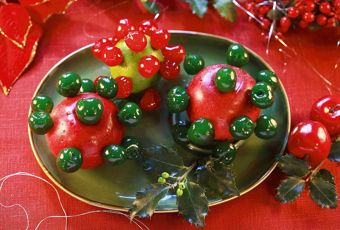 Christmas decoration with studded apples
