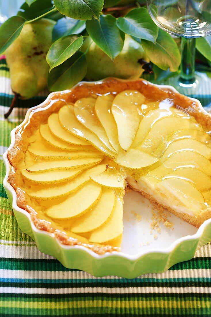 Pear tart in the baking dish