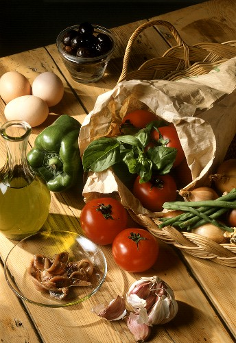 Anchovy Fillets; Garlic; Eggs; Oil; Tomatoes