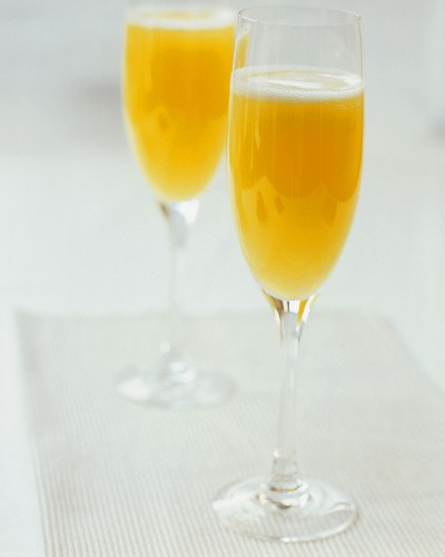Buck's Fizz (Champagne with orange juice)