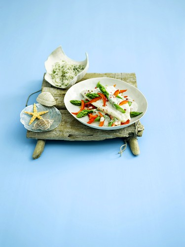 Pangasius with green asparagus