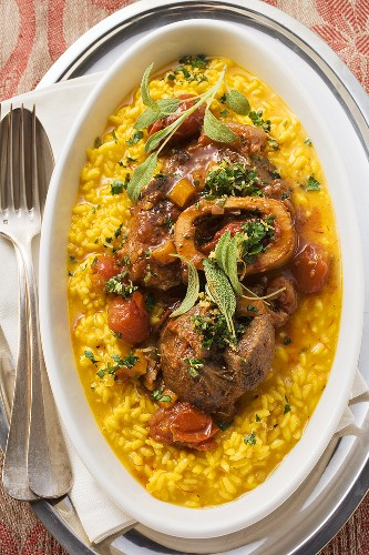 Osso buco with Risotto alla milanese (Braised shin of veal)