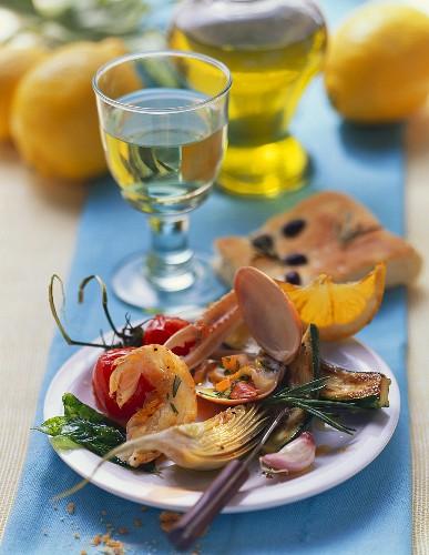 Antipasto con frutti di mare (Appetiser with seafood)