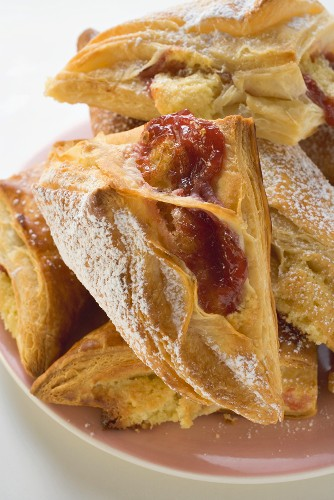 Puff pastries with jam filling