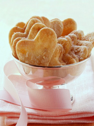 Parmesan hearts in silver bowl with bow