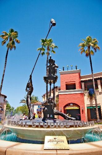Los Angeles: Universal Studios Hollywood, Statuen, Brunnen
