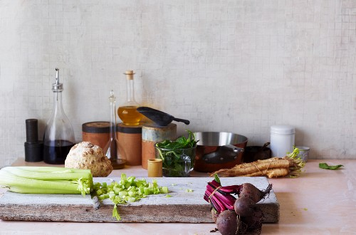 An arrangement of ingredients and vegetables for slow cooking