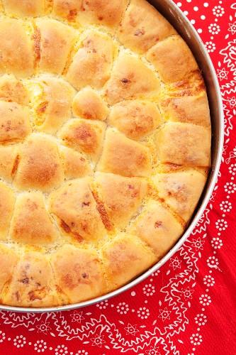 Tutmanik (Bulgarian bread with feta) in a baking tin