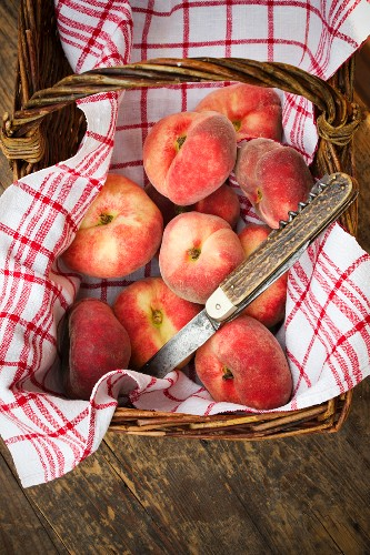 A basket of vineyard peaches