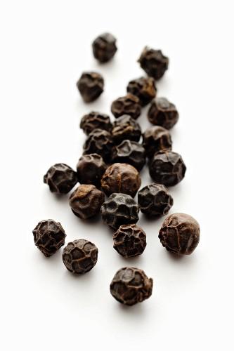 Black peppercorns (close-up)