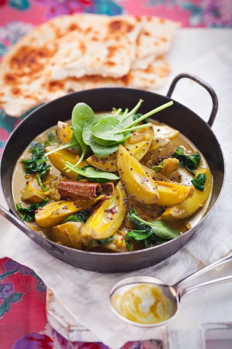 Green mango curry with naan bread