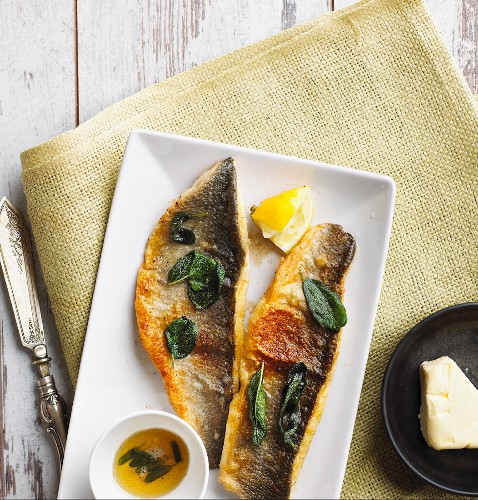 Fried wolf fish with sage butter (low carb)