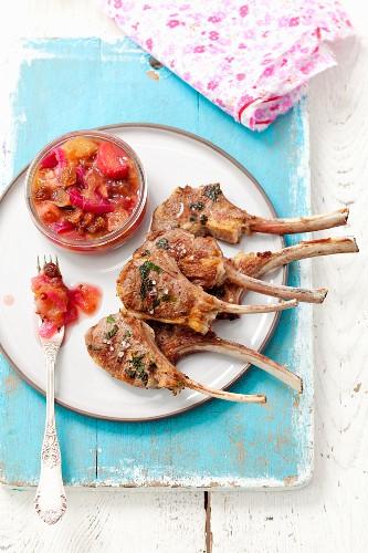 Grilled lamb chops with rhubarb chutney