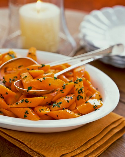 Glazed carrots with parsley