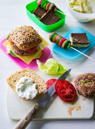ADHD food: pumpernickel sandwich, vegetables skewers and veggie burgers