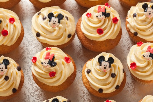 Vanilla cupcakes for a children's party