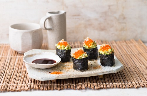 Gunkan maki with avocado and caviar