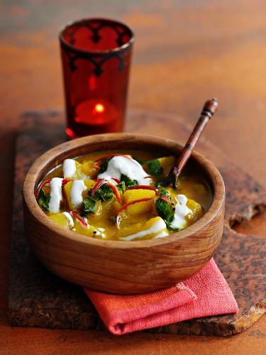 Indian potato soup with yoghurt