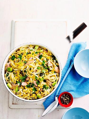 Tuna pasta with corn & avocado