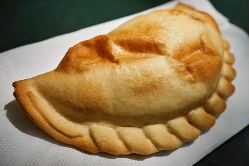 An Argentinian empanada as street food