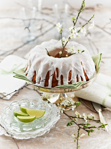 Almond and lime cake with icing