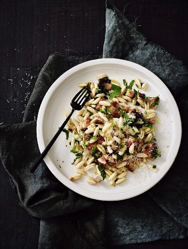 Cavatelli with pancetta, mint, figs and pecorino