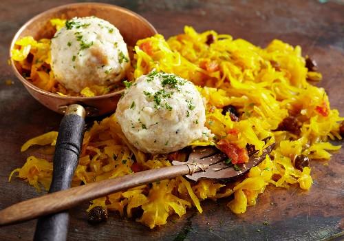 Feta cheese dumplings with oriental coleslaw