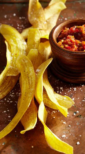 Plantain chips with salsa de yolanda (chilli sauce)