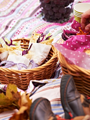 Wraps with ham spread and red cabbage