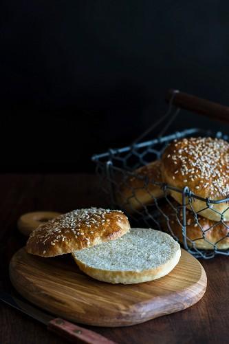 Sesame seed rolls for hamburgers, sliced