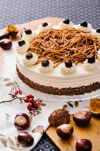Chestnut cream cake