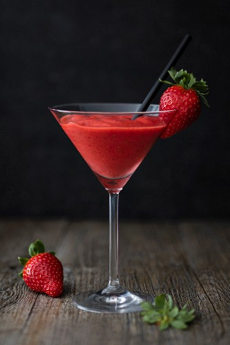 Strawberry daiquiri in a stemmed glass