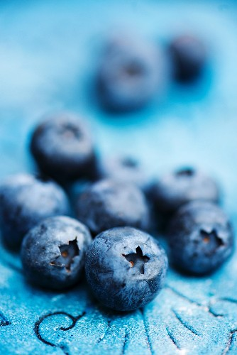 Fresh blueberries (close up)