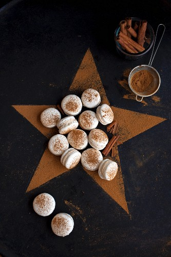Gluten-free cinnamon macarons