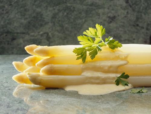 White Asparagus with Bearnaise Sauce